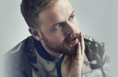 TOM WALKER (COFFEE HOUSE SESSIONS)
